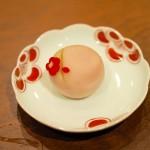 春を愛でる豆皿と和菓子